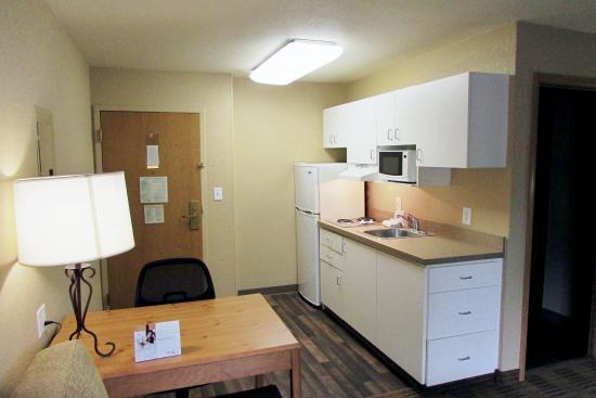 Extended Stay America - Atlanta - Perimeter - Peachtree Dunwoody: Fully-Equipped Kitchens