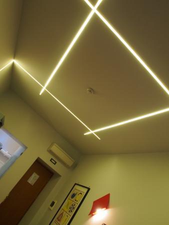 Relais Forus Inn: Luminaire Design Chambre