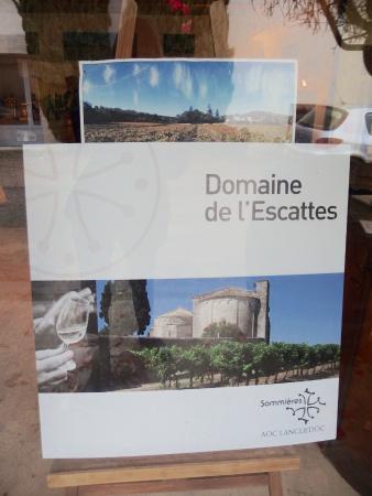 Calvisson, Prancis: Label