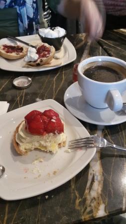 Nardini: My delicious strawberry pie&black coffee