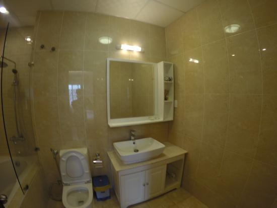 Dreams Hotel : bathroom