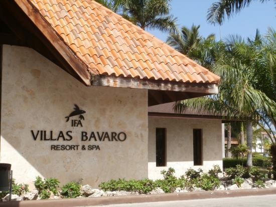 Piscina e bar picture of ifa villas bavaro resort spa for Villas bavaro
