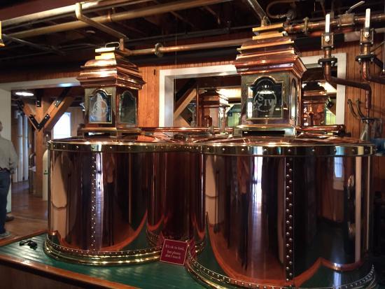Loretto, KY: Distilling