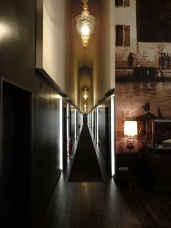 Even the corridors are stunning!!