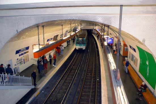 station palais royal ligne 7 picture of metro tripadvisor