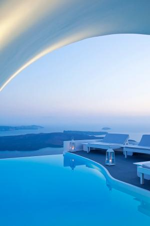 Chromata Hotel: Pool