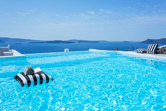 Canaves Oia Hotel: Infinity Pool