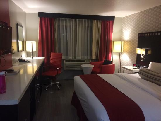 Tilt Hotel Universal / Hollywood, an Ascend Hotel Collection Member: Our room