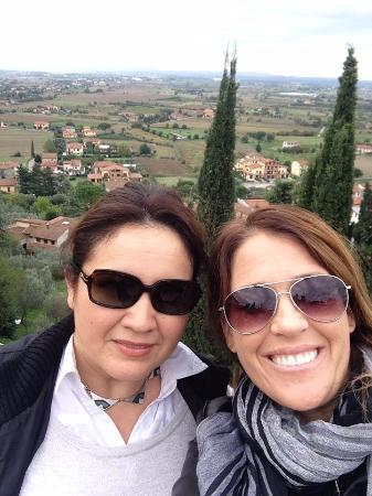 Καστιλιόν Φιορεντίνο, Ιταλία: Up on the terrace