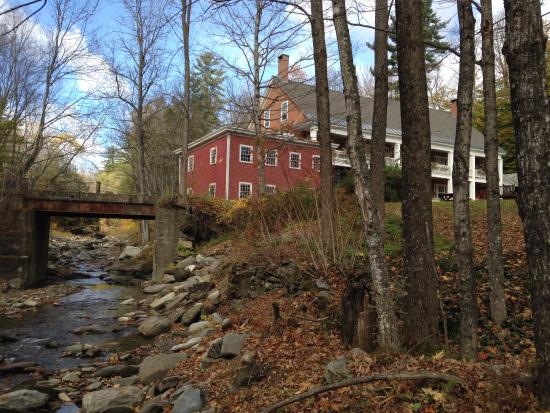 Reading, VT: Creek & House