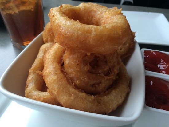 Square Burger: Onion rings
