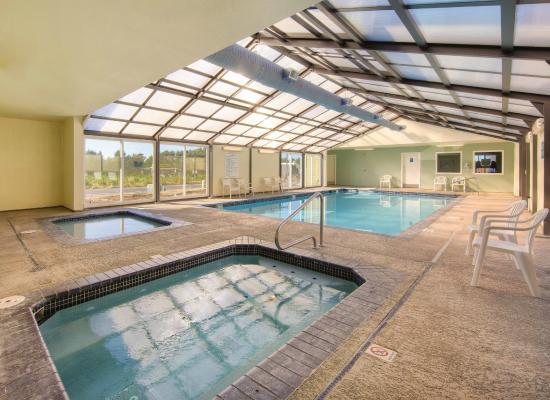 WorldMark Surfside Inn: Pool