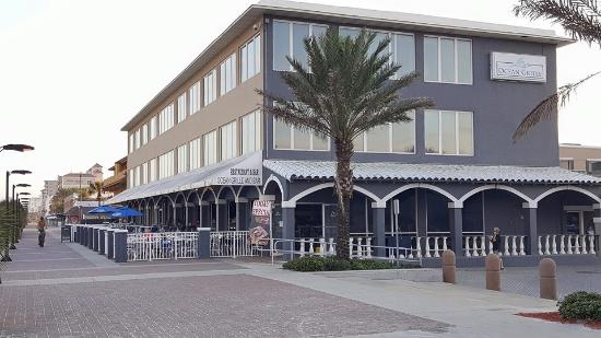 Lunch at the Ocean Grille Jacksonville Beach