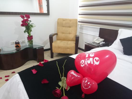 Hotel Plaza Granada: noche romantica