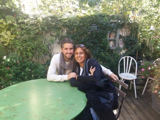 La Maison Bacana Bed and Breakfast: jardin