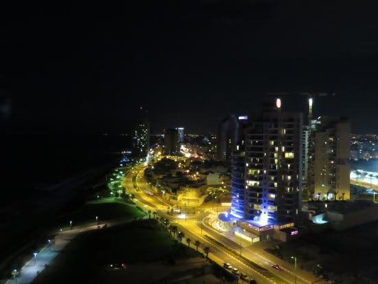 Island Suites Hotel: view from the balcony at night