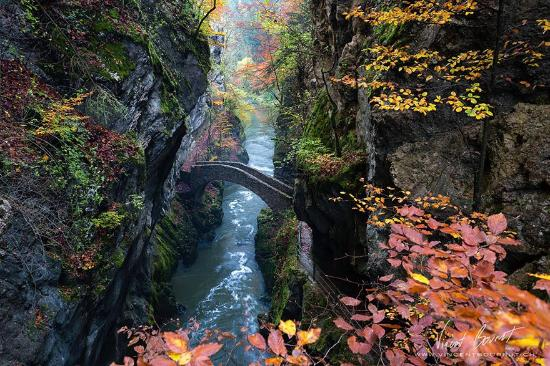 Bole, Zwitserland: Gorge De L'areuse, Switzerland