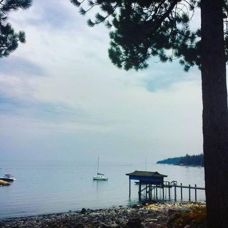 Carnelian Bay, Califórnia: View from Gar Woods' deck