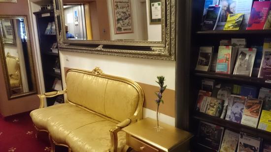 Hotel Garni Nuernberger Trichter : Reception
