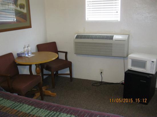 interior rm @ Circle S Lodge Gering ne