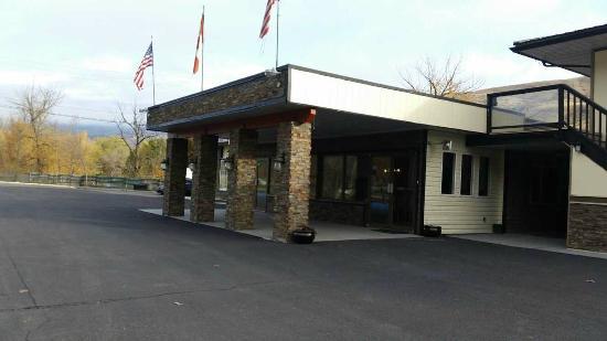 Motel 6 Cache Creek BC: Hotel Exterior