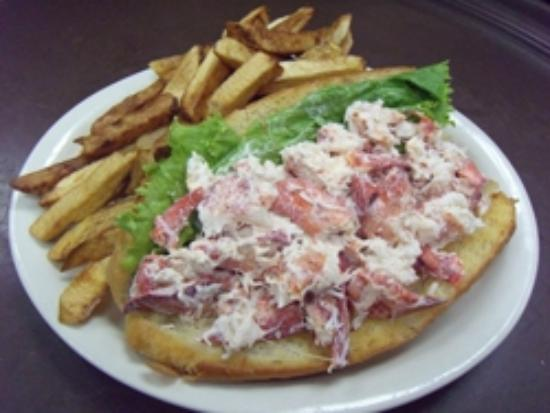 Woodstock, Мэн: Evrybody loves our Lobster Sub!