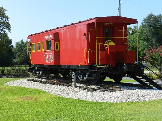 Tomball, TX: Caboose on site