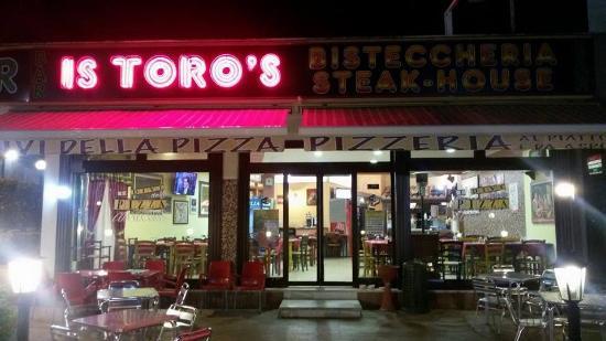 Is Toro's & I Divi Della Pizza