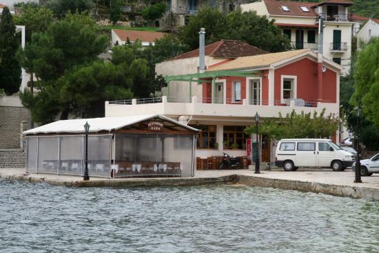 Avra Taverna
