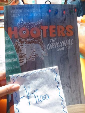 Hooters of Manhattan: hooters