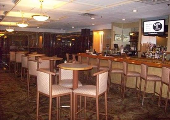 Quality Inn Midway Airport: Hotel bar