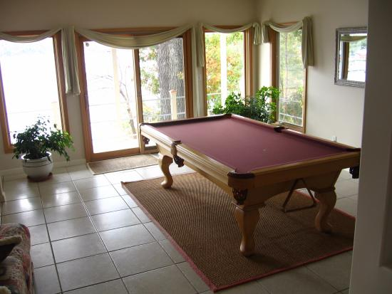 The Garden House Bed & Breakfast: The Game Room