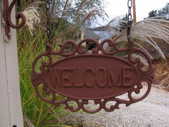 The Garden House Bed & Breakfast: The Welcome Sign at B & B Entrance