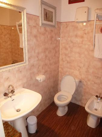 Tarquimpol, Frankrike: Chambre Bathroom