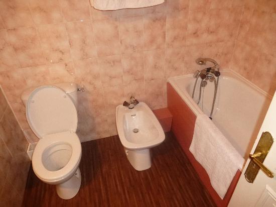 Tarquimpol, Frankrike: Bathroom Facilities