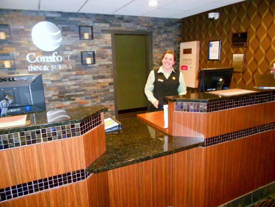 Comfort Inn & Suites Hotel and Conference Center: Front desk with Kristin Tuch