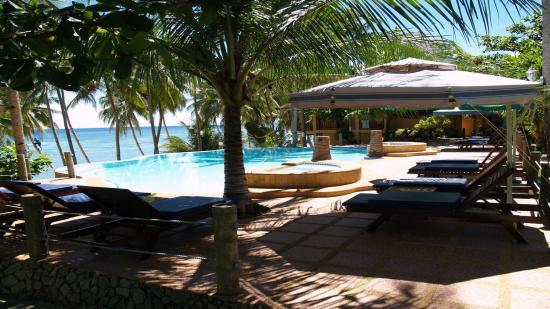 Anda White Beach Resort: Swimming pool