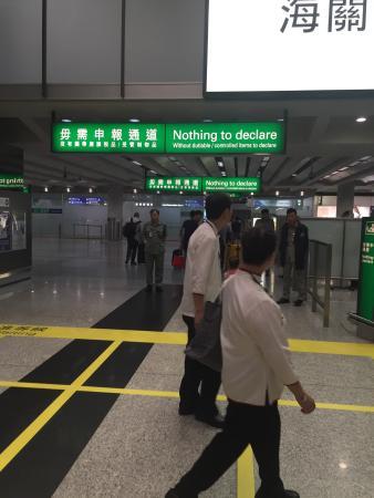Hong Kong airport lounge and spa