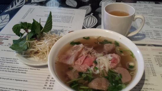 Pho Lan Restaurant