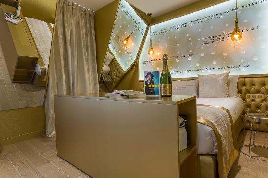 hotel les bulles de paris updated 2017 reviews price comparison and 209 photos france. Black Bedroom Furniture Sets. Home Design Ideas