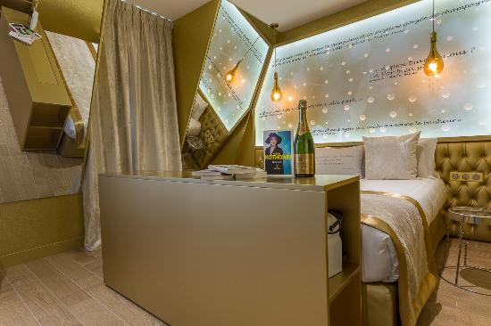 hotel les bulles de paris paris fransa otel yorumlar ve fiyat kar la t rmas tripadvisor. Black Bedroom Furniture Sets. Home Design Ideas