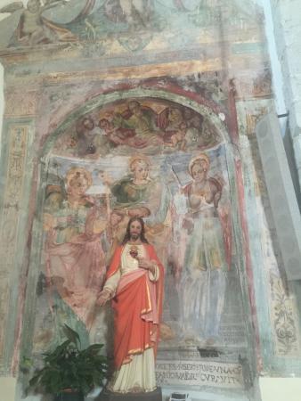 Castelsantangelo sul Nera, Italia: affreschi all'interno