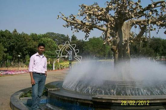Kalyani照片