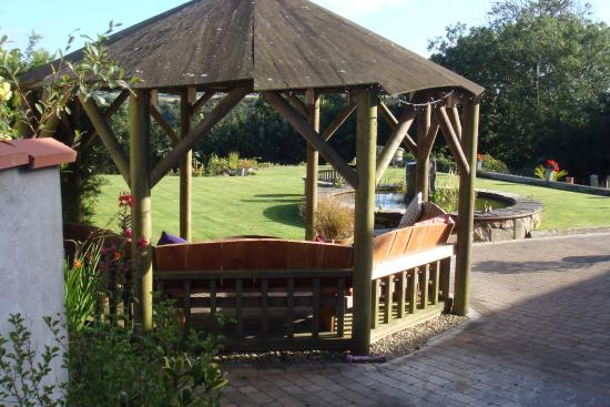 Saint Ewe, UK : Gazebo with beautiful views