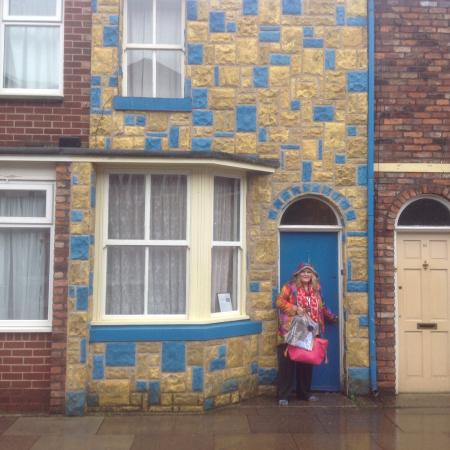 how to get tickets for coronation street tour