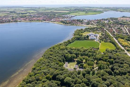 Skaelskoer, Dinamarca: Danhostel Skælskør placeret midt i skoven. Tæt på vandet og idyllisk by.