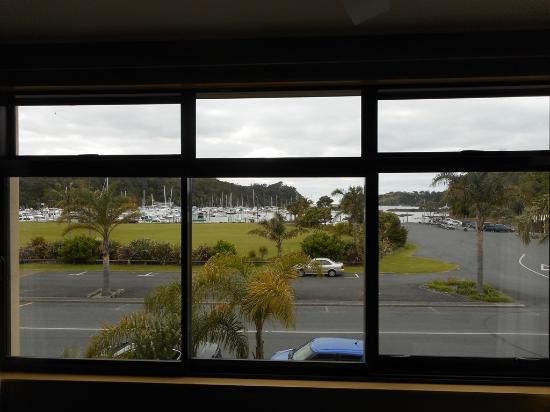Quality Hotel Oceans Tutukaka : Вид из окна