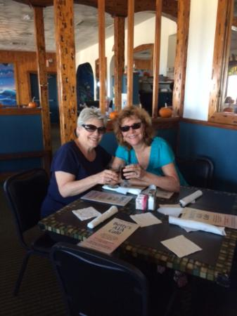 Betty's A1A Cafe: Hungry guests