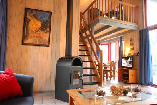 Granzow, Allemagne : Wildgans Wohnzimmer mit Treppe zur Galerie