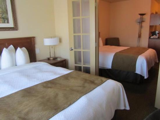Quality Suites Drummondville : Chambre familiale